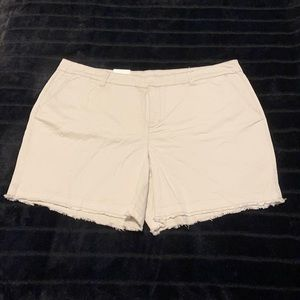 Style & Co - Mid Rise - Chino style short - NWT